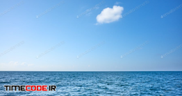دانلود عکس استوک : لکه ابر در آسمان Lonely Cloud