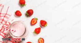دانلود عکس توت فرنگی  Strawberry Milkshake Or Smoothie In Mason Jar