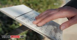 دانلود فوتیج خواندن خط بریل Touching Braille Font